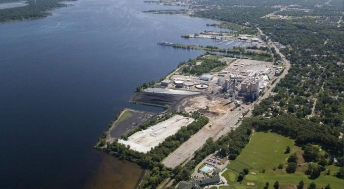 Muskegon investors introduce plans for lakefront industrial site