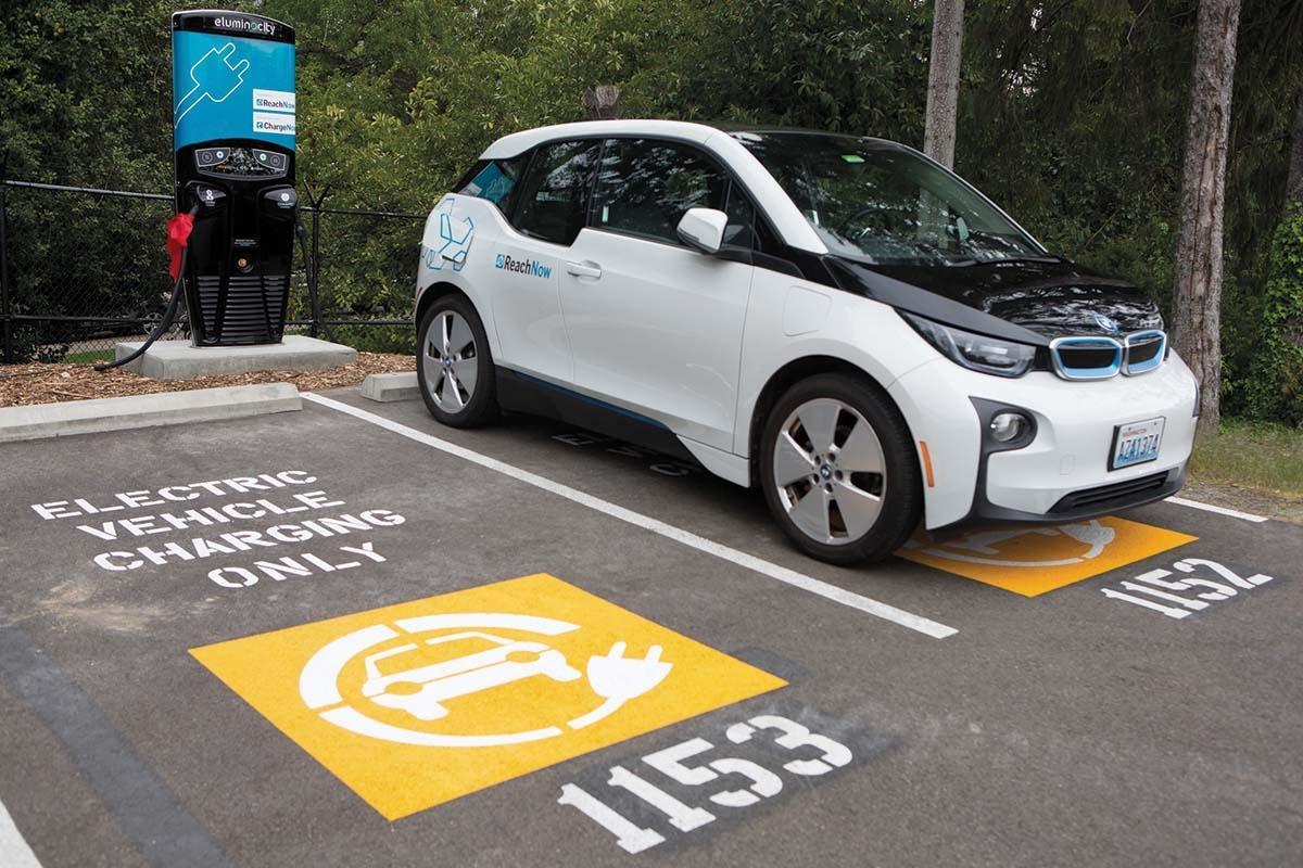 Proponents say a national green bank could help fund the roll-out of electric vehicle charging stations.
