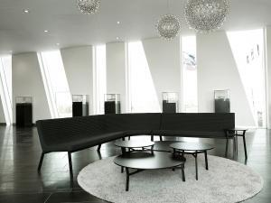 Office furniture manufacturers have put more emphasis on products that offer employees choices in how they work in an attempt to drive worker attention and engagement. As a result, OEMs have launched office designs with the comfort of residential furniture, such as Trendway's Magnus Olesen Flow seating system.