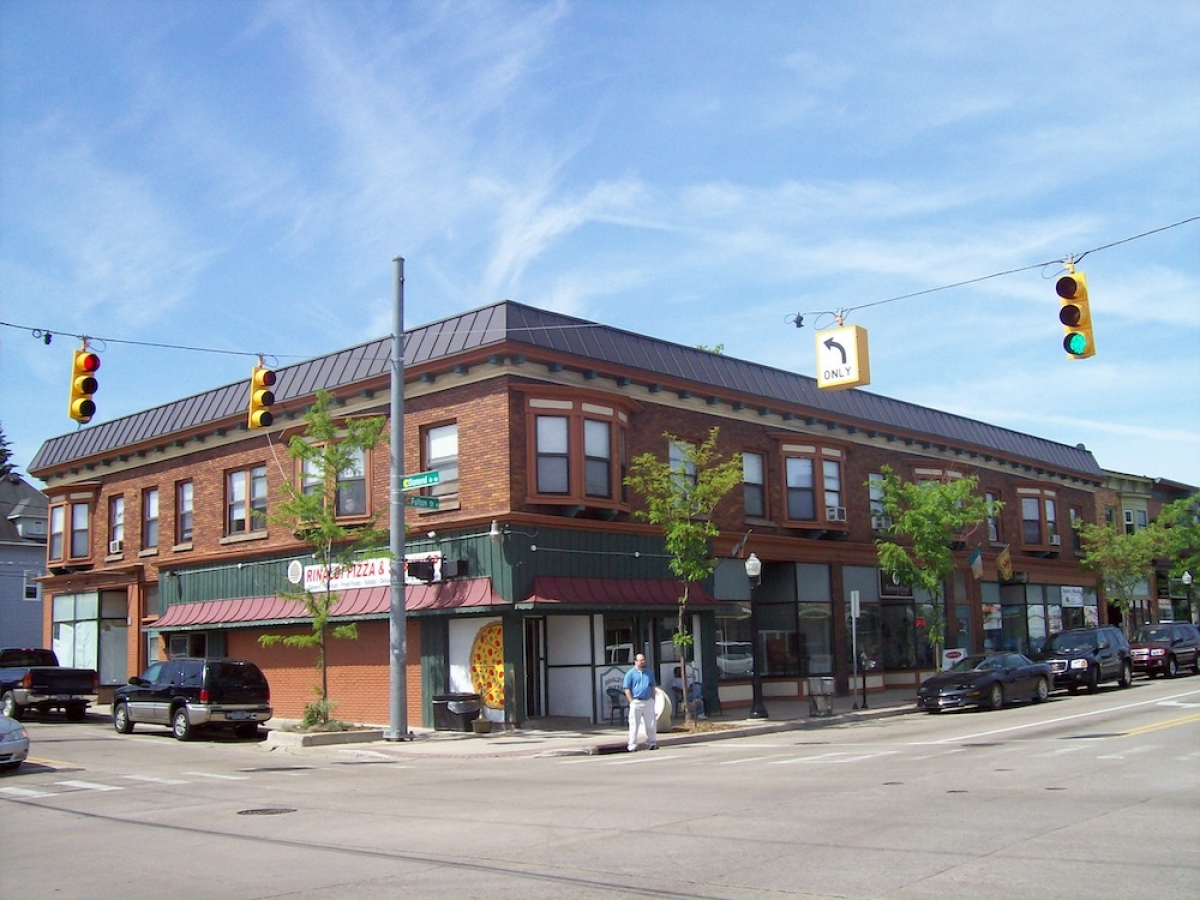 Grand Rapids investment group buys East Fulton building for $1.1 million