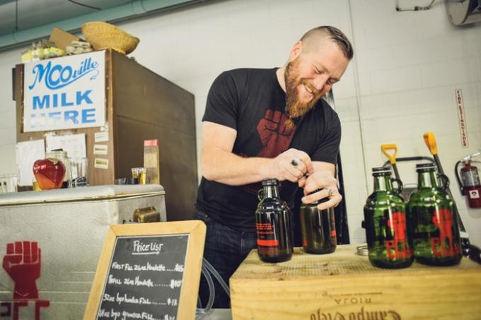 The People's Cider Co. founder Jason Lummen hopes to gain city approval to open an off-site tasting room at 539 Leonard St. NW, next door to craft distillery Long Road Distillers LLC and two doors down from The Mitten Brewing Company LLC.