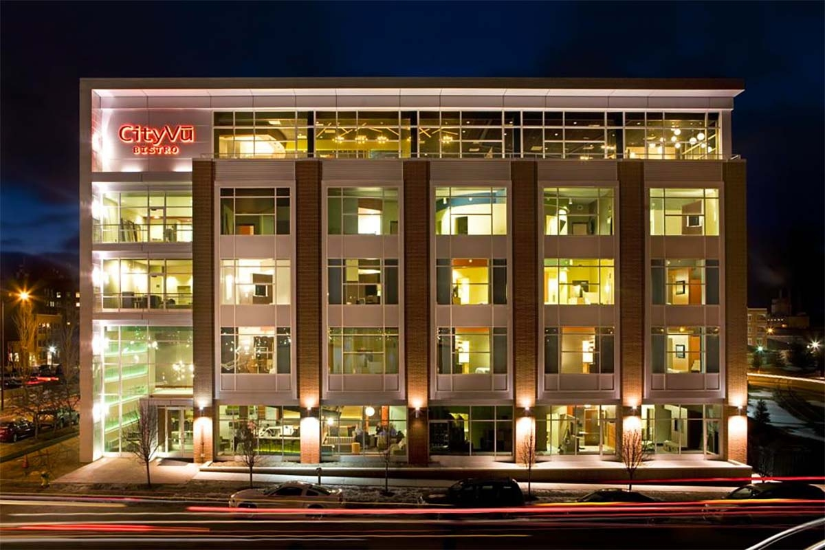 Suburban Inns acquires CityFlats Hotel in Holland