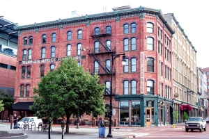 Lease disputes, COVID-19 loan, 'craft beer craze' decline surround BarFly bankruptcy