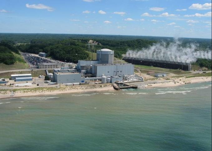 The Palisades Power Plant, a nuclear facility, will close in 2018 under a plan announced today by owner Entergy and Consumers Energy. Consumers sold the plant to Entergy in 2007 and had a power purchase agreement with the company that was set to expire in April of 2022.