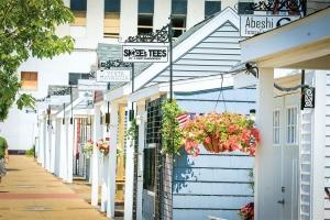 Muskegon installed 12 chalets dubbed Western Market on vacant property along Western Avenue last year. The city leased the spaces to local entrepreneurs for pop-up shops, which helped increase foot traffic to other nearby businesses.