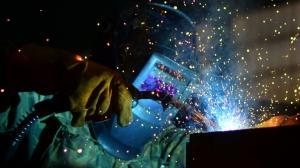 Tight labor market constrains growth for manufacturers, economist says