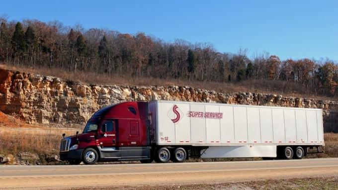 PE-owned Grand Rapids trucking firm sold to Minnesota company