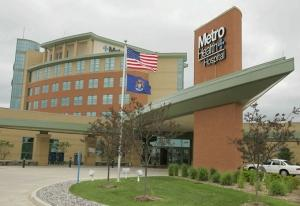 Metro Health has agreed to sell an 80-percent equity share to Franklin, Tenn.-based Community Health Systems, a for-profit hospital operator.