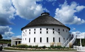Round Barn acquires nearby Tabor Hill Winery