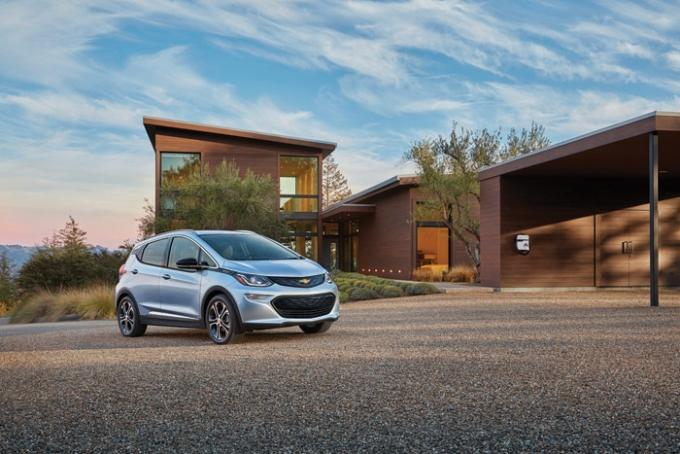 Automotive industry analysts say the Chevrolet Bolt remains an electric vehicle to watch because of its relative affordability and the ability to go up to 200 miles on a charge. General Motors debuted a production version of the Bolt last month at the Consumer Electronics Show in Las Vegas and again at NAIAS in Detroit.